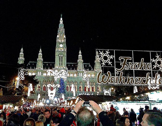 Weihnachtsmärkte –  ein Reich der Sinne/ Christmas markets – a realm of the senses/Mercado de Natal – O Reino dos Sentidos