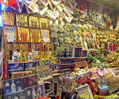 A variedade de objetos comercializados é grande