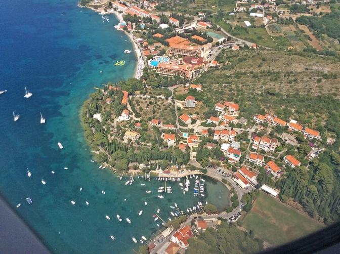 Croácia, um destino de belezas espetaculares/Kroatien, ein Reisezielziel  voller spektakulärer Schönheit/Croatia is a destination full of spectacular beauty