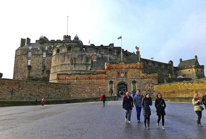 Edimburgo, uma agradável surpresa da Escócia/Edinburgh – eine erstaunliche Überraschung  Schottlands/Edinburgh – An Amazing Surprise of Scottland