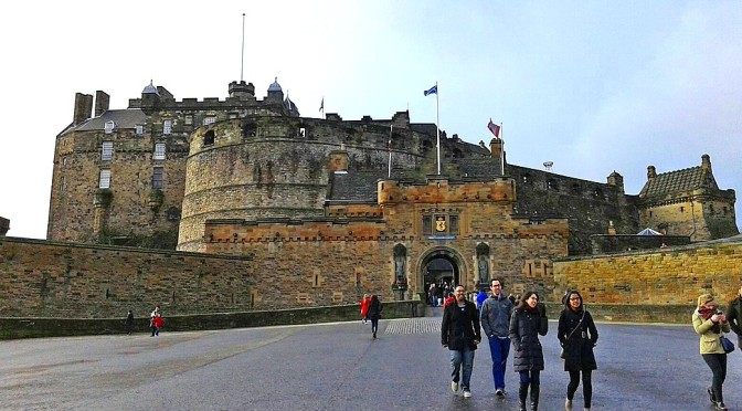 Edimburgo, uma agradável surpresa da Escócia/Edinburgh – eine erstaunliche Überraschung  Schottlands/Edinburgh – An Amazing Surprise of Scottland