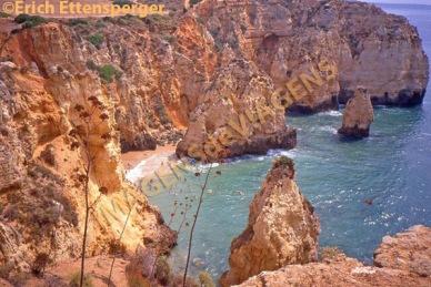 Praia na região de Algarve, Portugal
