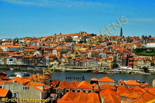 Vista de Porto a partir de Vila Nova de GaiaBlick auf Porto von Vila Nova de Gaia/View onto Porto from Vila Nova de Gaia