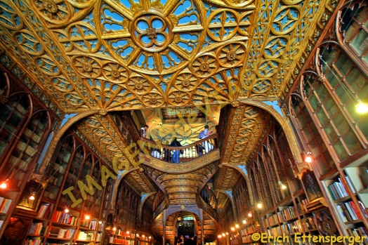 O magnífico interior da Livraria Lello/Das prächtige Interieur von Lello/The magnificent interior of Lello bookshop