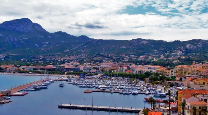 Córsega – uma pérola do Mediterrâneo/Korsika – eine Perle im Mittelmeer/Corsica – a pearl of the Mediterranean Sea