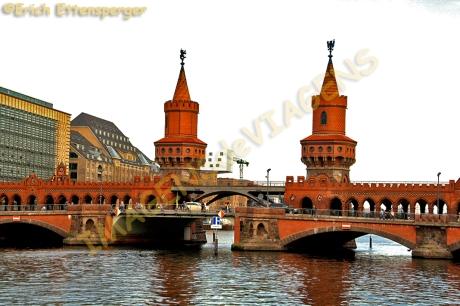 Ponte de Oberbaum/Oberbaumbrücke/Oberbaum Bridge