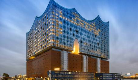 Elbphilharmonie Hamburg Source: http://www.hamburg-news.hamburg/en/cluster/tourism/multifaceted-concert-programme-expected-elbphilhar/