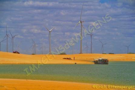 Energia eólica, dunas e rio / Windenergie, Dünen und der Fluβ / Windenergie, Dunes and the river