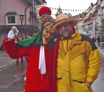 """Com a máscara conhecida como """"Schuttig"""" em Elzach / Mit der bekannten Narrengestalt des """"Schuttig"""" in Elzach / With the well-known fool's shape of the Schuttig in Elzach"""