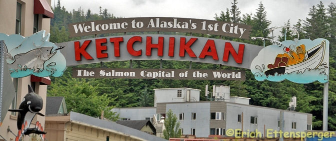 KETCHIKAN, A CIDADE DO SALMÃO DO MUNDO/KETCHIKAN – WELTHAUPTSTADT DES LACHSES/KETCHIKAN – WORLD CAPITAL OF SALMON