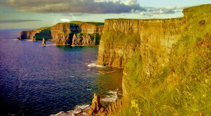 Falésias de Moher na Irlanda/Irland und die Klippen von Moher/Ireland and the cliffs of Moher