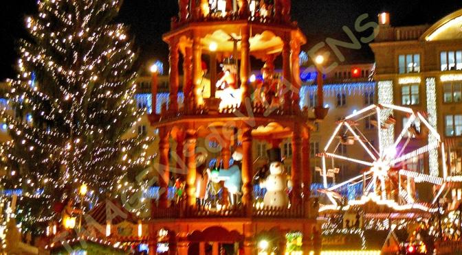 20 Mercados de Natal europeus espetaculares/20 beindruckende europäische Weihnachtsmärkte/20 impressive European Christmas markets