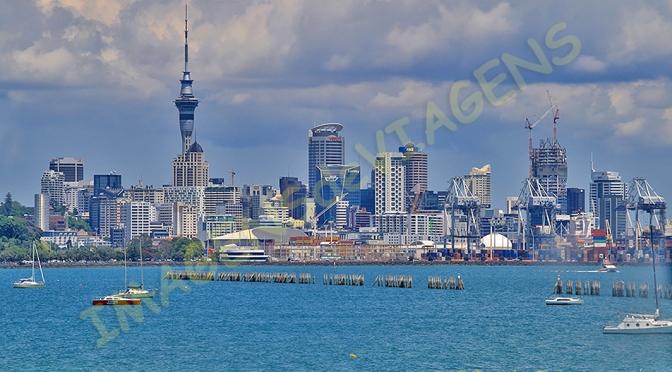 Auckland, cidade das velas/Auckland – Stadt der Segel/Auckland – City of Sails