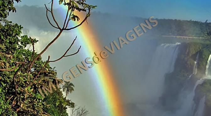 Parque Nacional do Iguaçu, o espetáculo das águas/Iguaçu National Park – Schauspiel des Wassers/Iguaçu National Park – spectacle of water