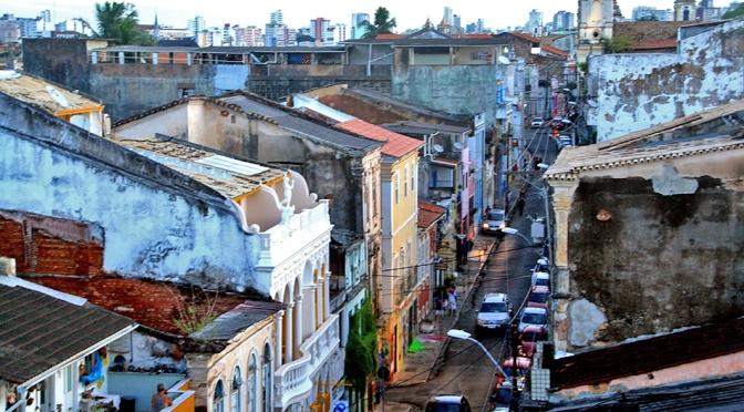 Santo Antônio Além do Carmo, um cantinho charmoso em Salvador/Santo Antônio Além do Carmo – eine charmante Ecke in Salvador/Santo Antônio Além do Carmo – a charming corner in Salvador
