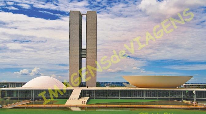 Brasília vale a pena visitar a capital federal/Brasilia – lohnenswerter Besuch der Bundeshauptstadt/Brasília – more worthwhile visiting the federal capital